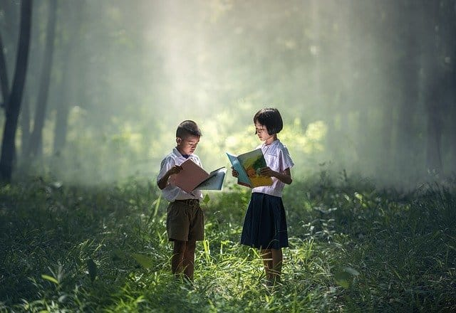 multicultural kids reading books